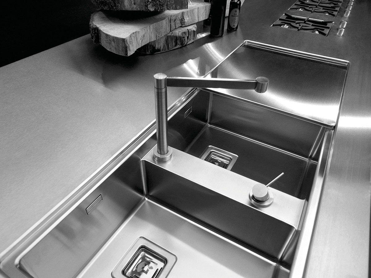 Stainless steel kitchen with island SKIN INOX SCOTCH-BRITE - Xera ...