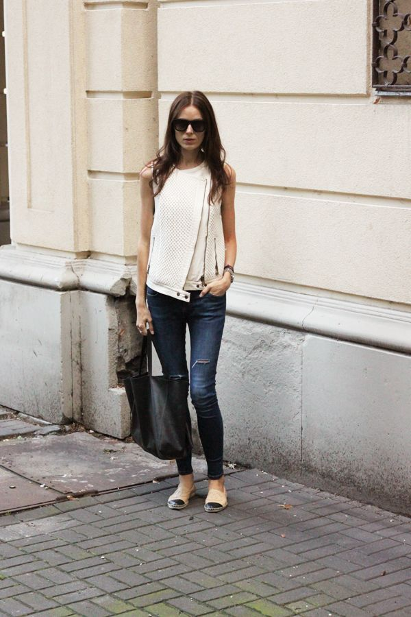 831ce41c0 Casual & cute with Chanel espadrilles | Chic Style | Chanel ...