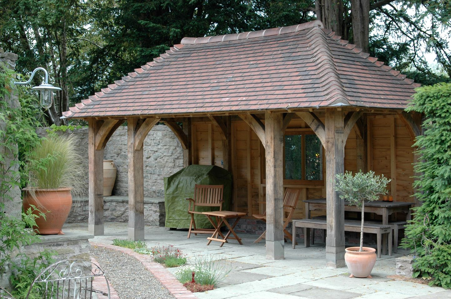 Outbuildings border oak oak framed houses oak framed for Small garden shelter