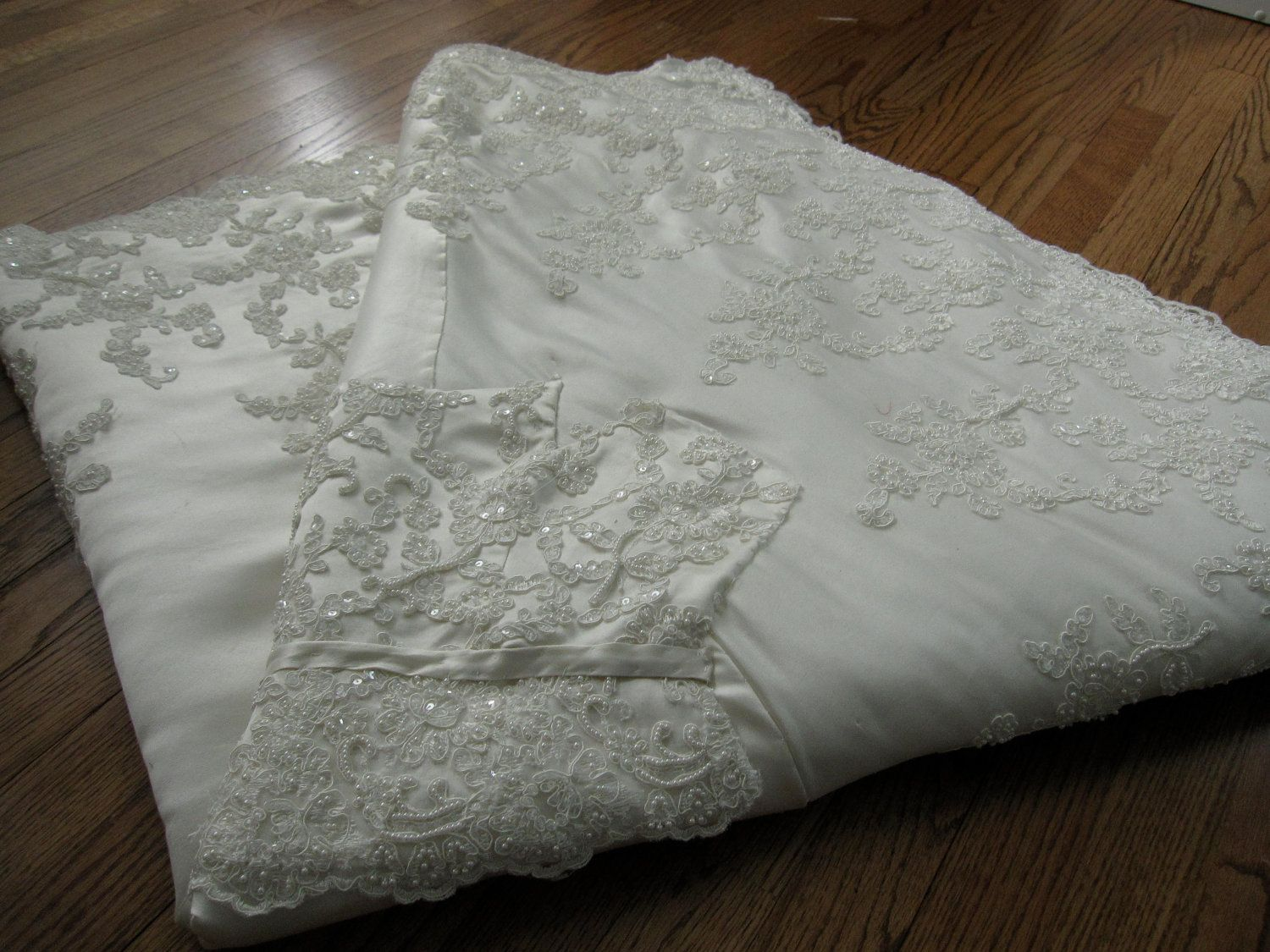 the 25 best wedding dress quilt ideas on pinterest diy