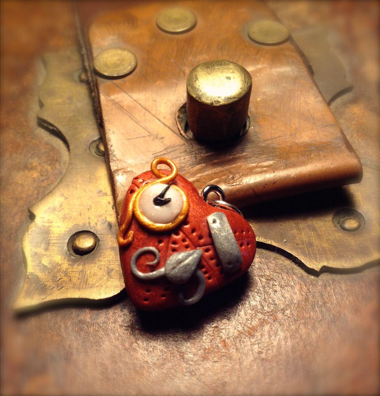 Coeur Steampunk pendentif coeur steampunk,imitation métal cuivré, petite montre