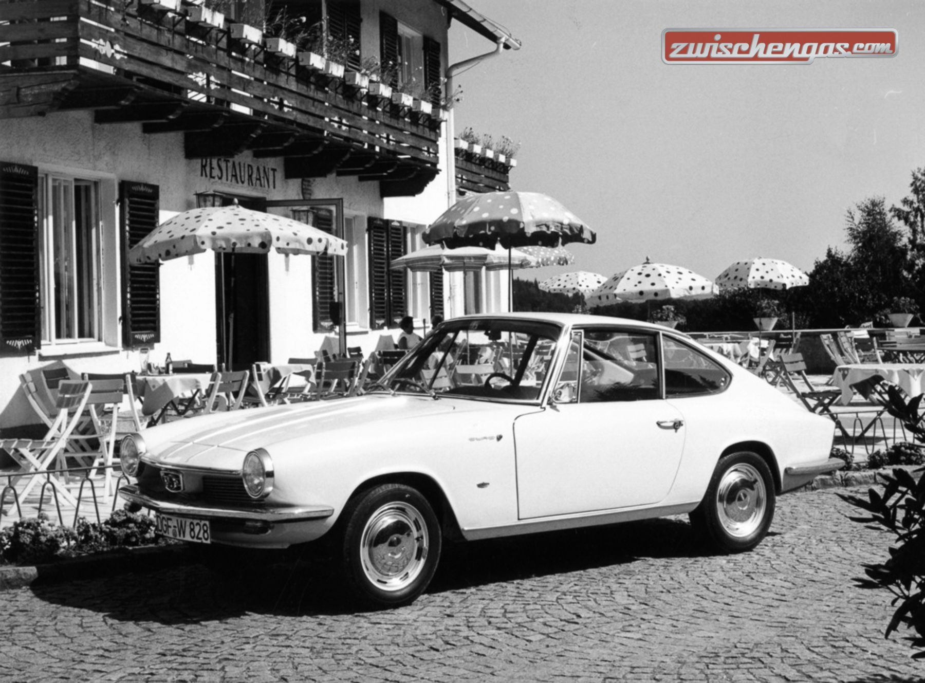 pin von patricia s auf memorable cars of the 50s 60s from. Black Bedroom Furniture Sets. Home Design Ideas