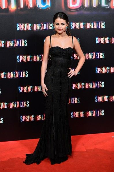 Selena Gomez Evening Dress Looked All Grown Up In This Ed Black Gown With A Dark Edge At The Springbreakers Madrid Premiere