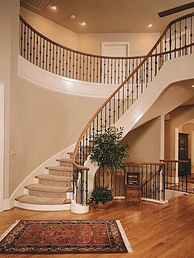Curved Hardwood Staircase With Or Without Runners Staircase Curved Staircase Stairs