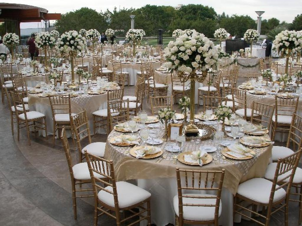 wedding table decorations - Google Search | Wedding decoration ...