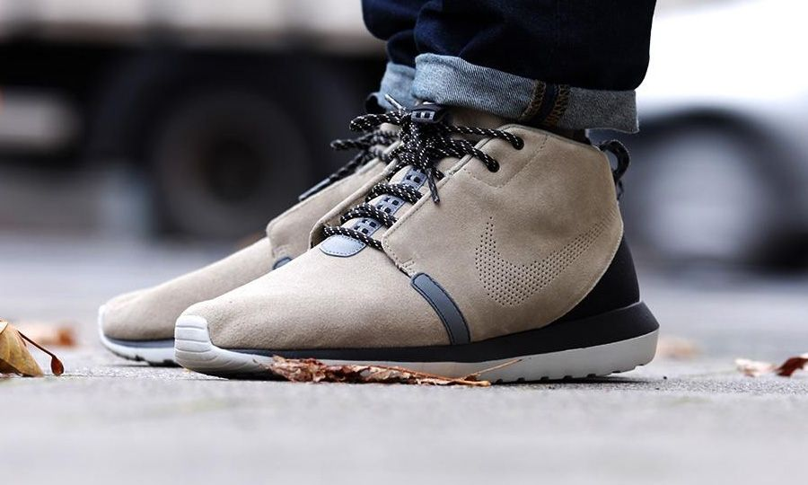 "6784811a8157 Nike Roshe Run NM Sneakerboot ""Bamboo"""