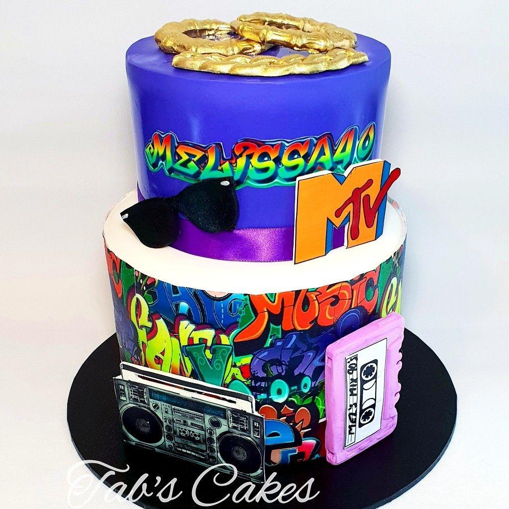 90's Cake Cake, Birthday cake