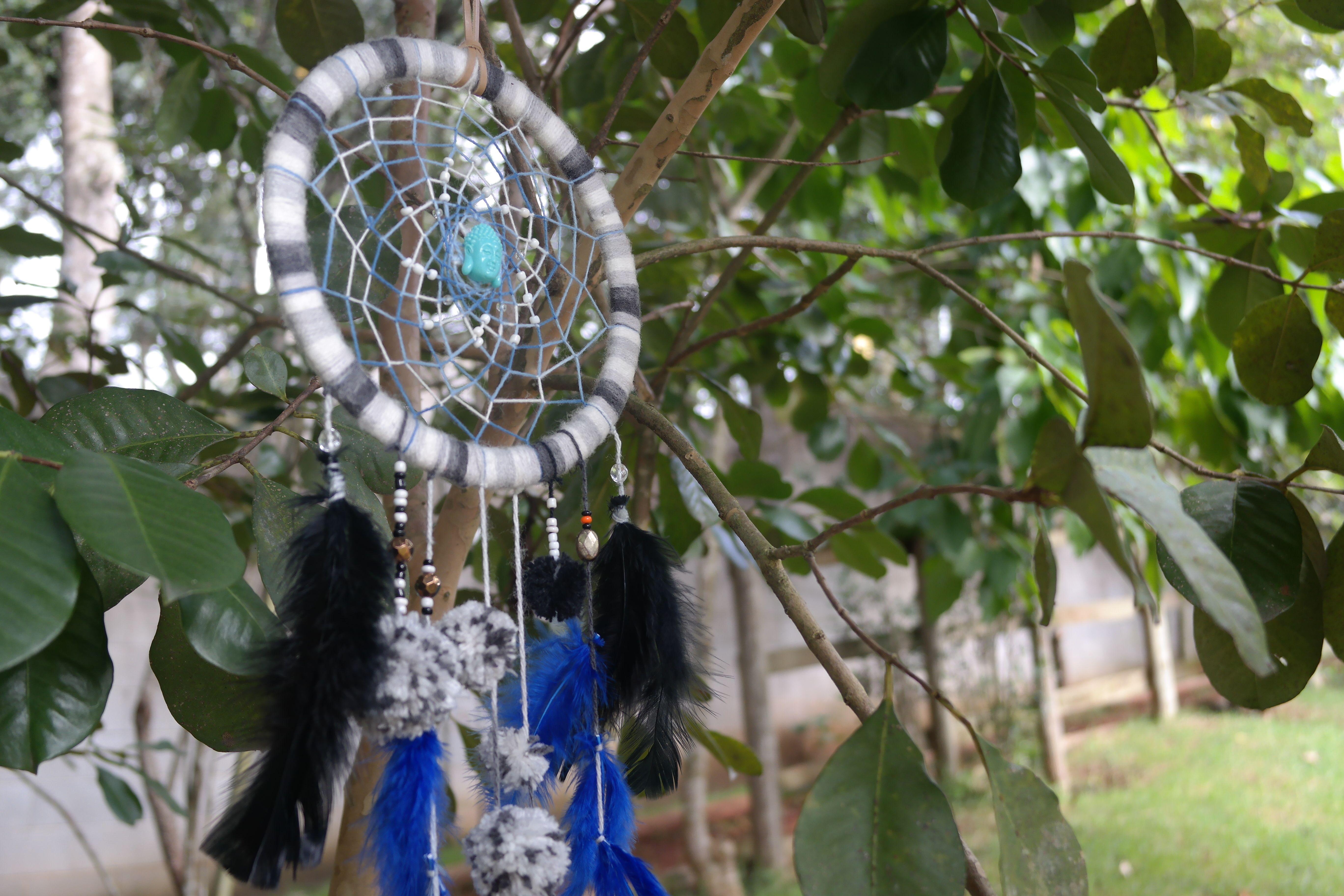 Detalhe de Apanhador dos Sonhos Buda Azul, Jéssica Batista, Março de 2015