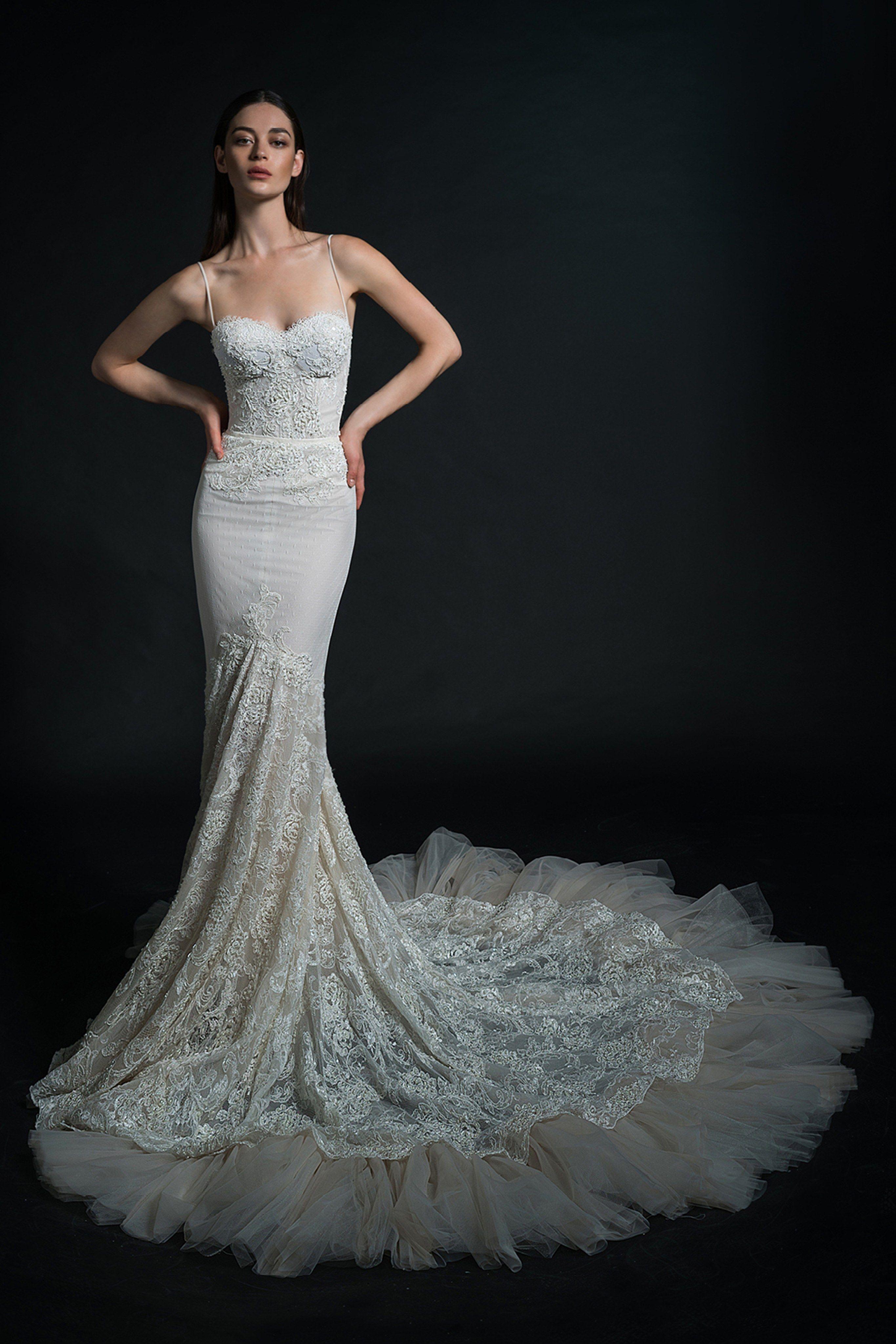 Inbal Dror Bridal Spring 2019 Fashion Show Bridal Spring 2019 In 2019 Bridal Wedding Dresses Wedding Dresses Bridal Gowns