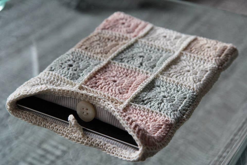 An iPad pouch.