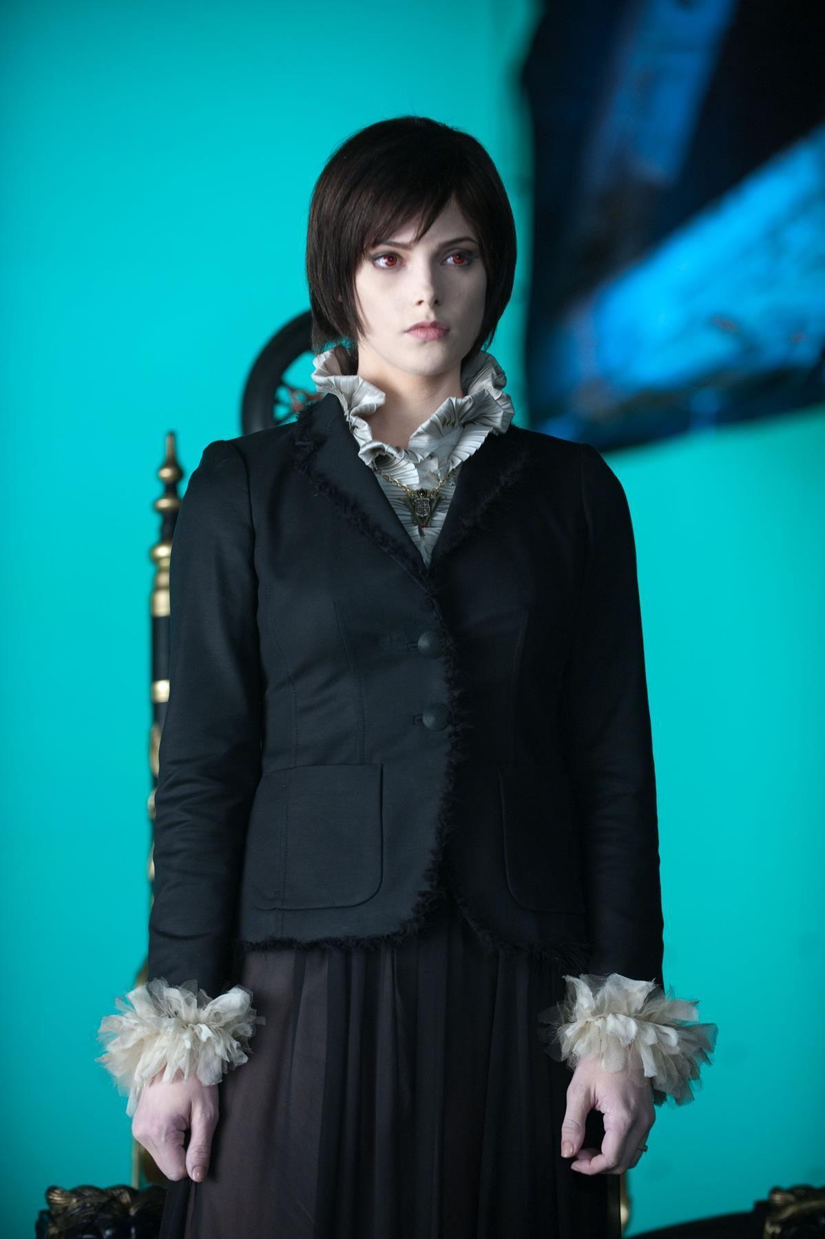 The Twilight Saga Eclipse 2010 Alice Cullen S Volturi Costume