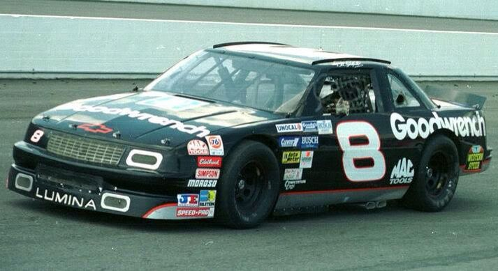 Dale Earnhardt Drove This No 8 Goodwrench Lumina In The 1993 Auto