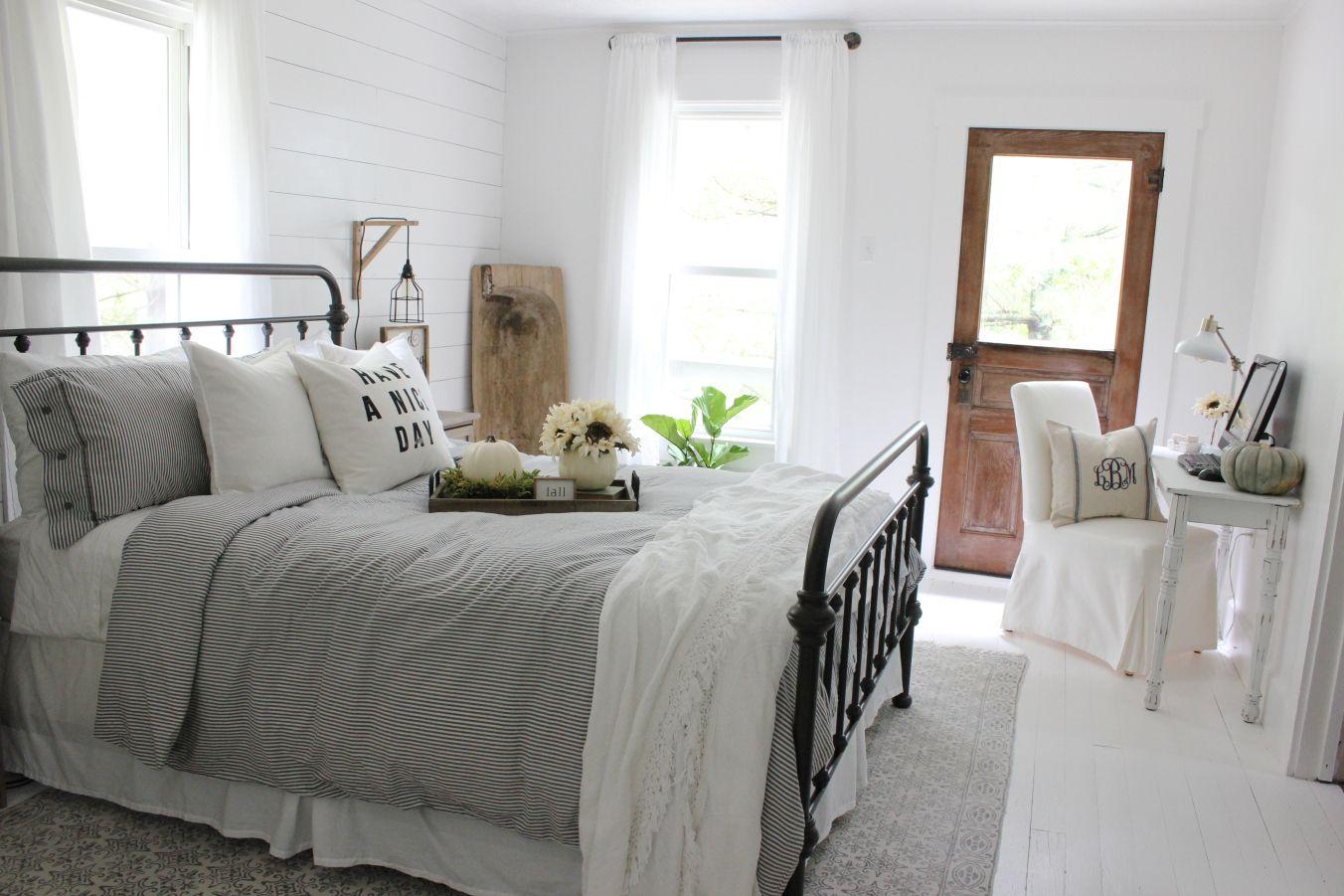 Best Favorite Farmhouse Feature Modern Farmhouse Bedroom 640 x 480