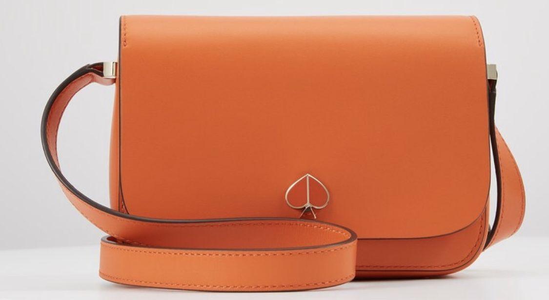 Kate Spade New York Nicola small flap shoulder bag i 2020