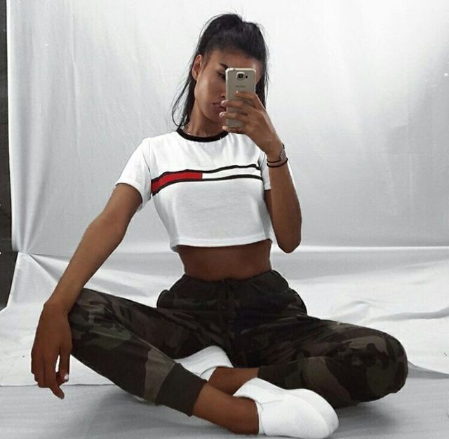 2202af7545 Amazon.com  Fitness Women s work outs clothing - Clothing   Women  Clothing