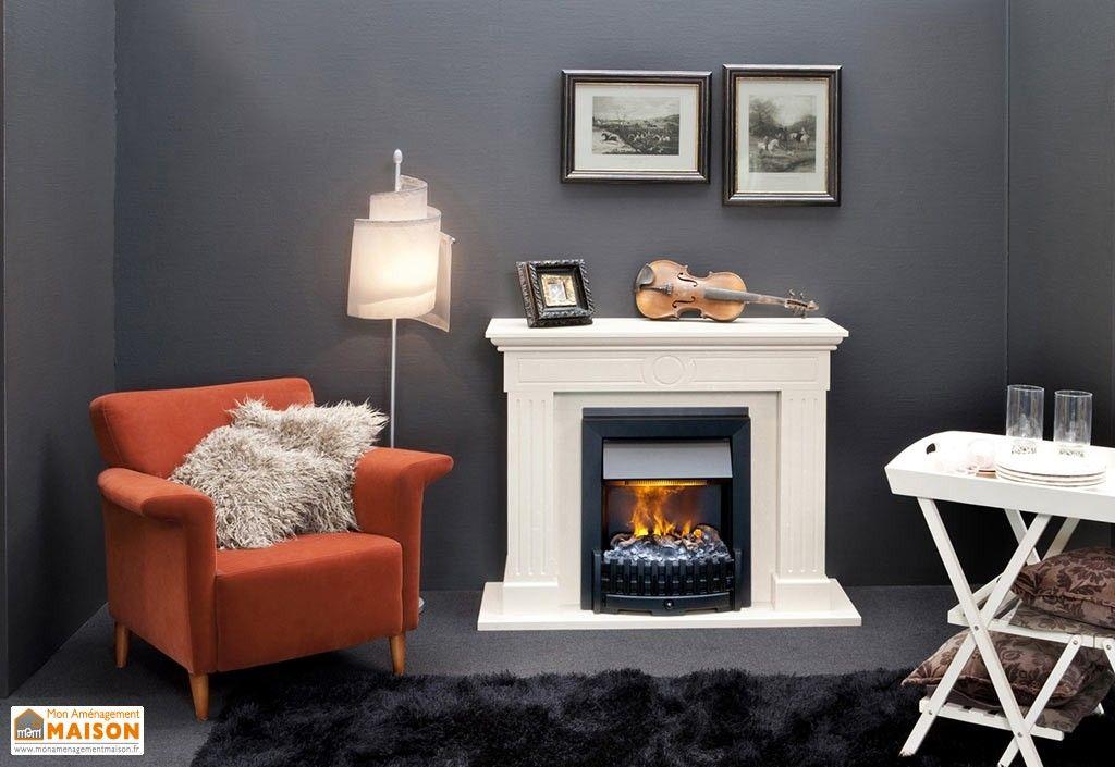 foyer lectrique noir dans chemin e d corative blanche encastrer chauffage pinterest. Black Bedroom Furniture Sets. Home Design Ideas