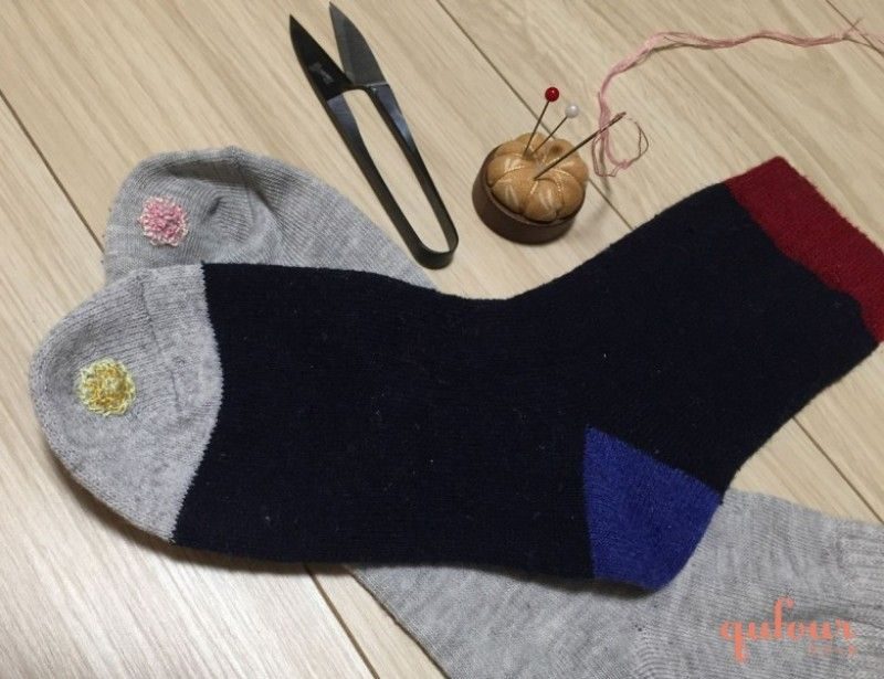 方 縫い 靴下 穴