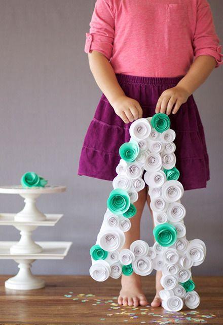 Manualidad para decorar fiestas fiestas pinterest for Formas de letras para cumpleanos