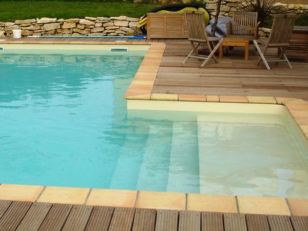 Escalier et margelle pour piscine traditionnelle Marinal - beton decoratif pour terrasse