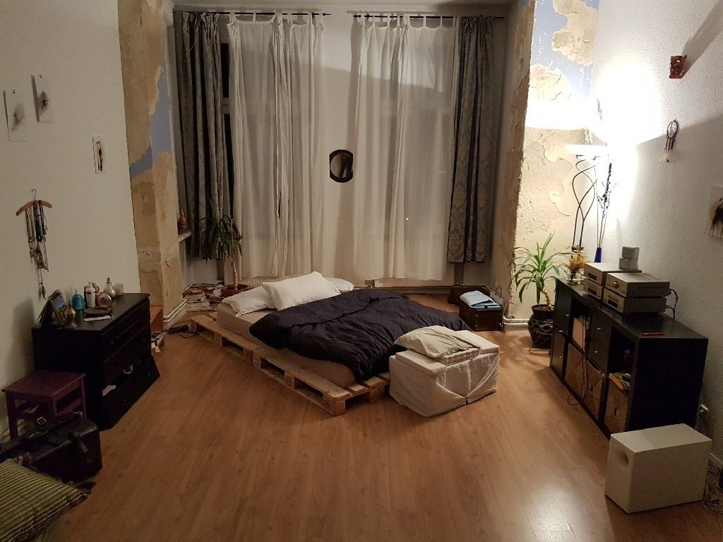 Fesselnde Bett Aus Paletten Bauen Ideen Von Cooles & Gemütliches Diy Bett! Eine Einfache