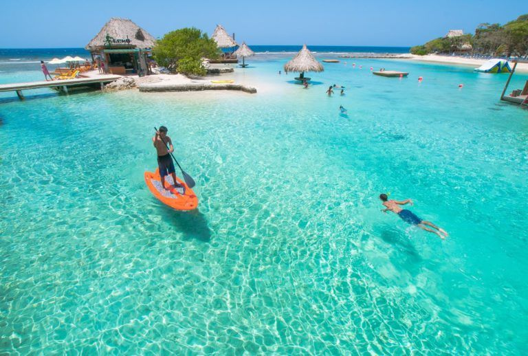 best places to stay in roatan, best places to stay in roatan