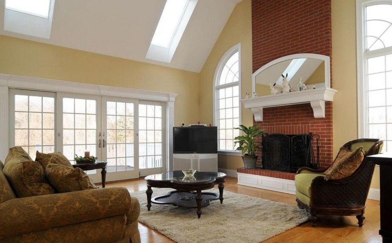 wall color to complement red brick fireplace | room with red brick