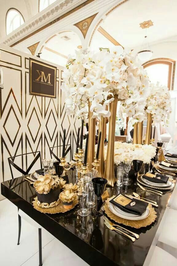 Gold Tablescape White And Gold Wedding Themes Gold Wedding Decorations Wedding Centerpieces