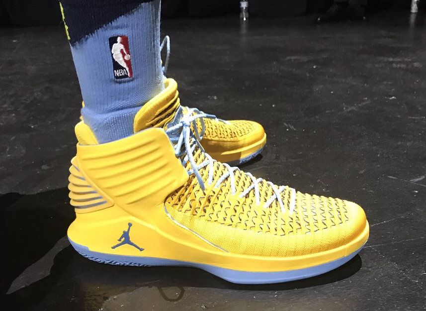Mike Conley Wears A Yellow Air Jordan 32 PE