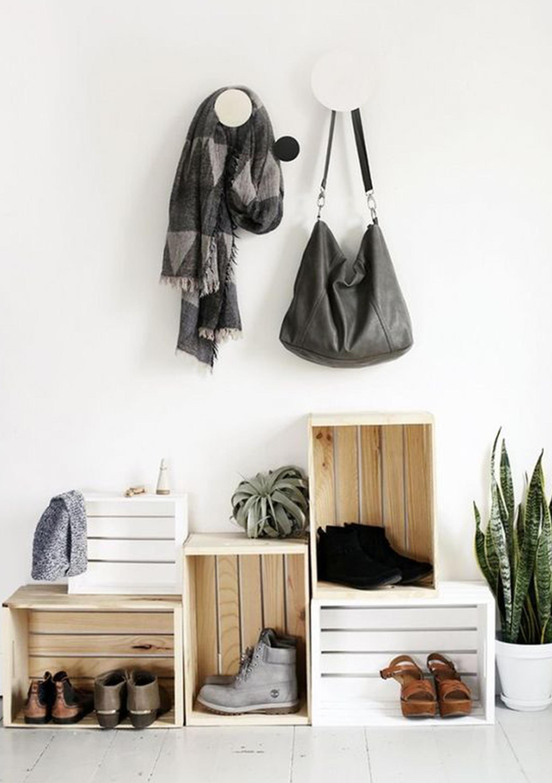 Modern hallway storage ideas  A rendrakás művészete a konmari technika  UPTOSTYLE