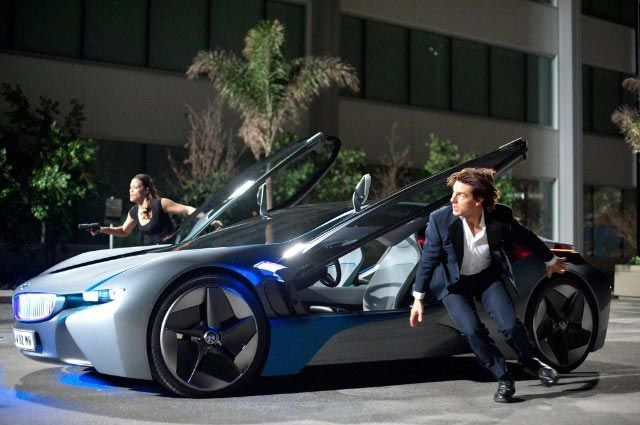 BMW i8 in Mission Impossible: Ghost Protocol. | トムクルーズ, 映画, クルーズ