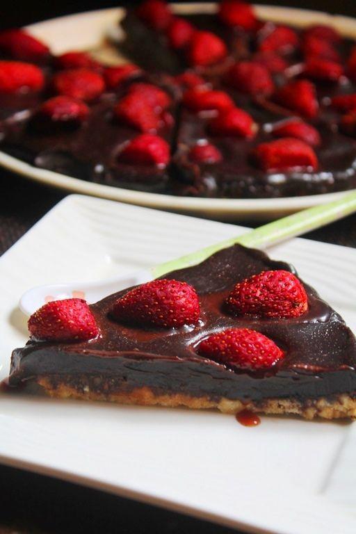 YUMMY TUMMY: No Bake Chocolate Strawberry Tart Recipe