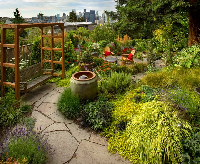 Landscapers Are Kings Of The Hill On Queen Anne The Seattle Times King Of The Hill Queen Anne Landscape