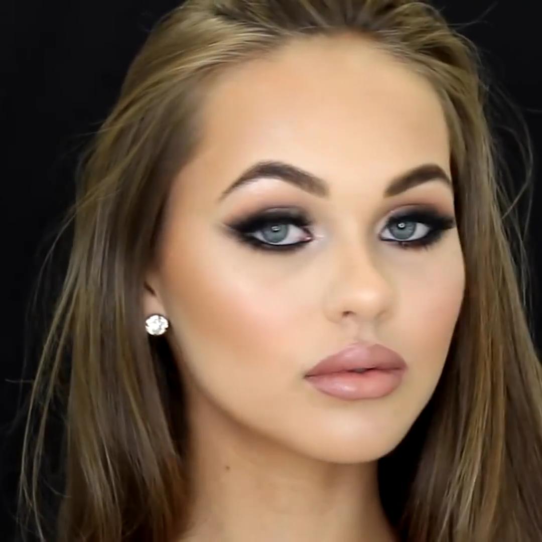 Makeup tutorial  #wingedliner