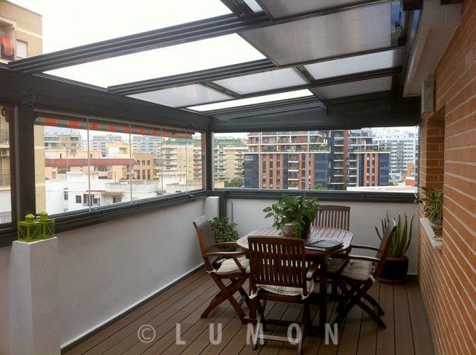 Cortinas de cristal para terrazas cerramientos terrazas pinterest terrazas decoracion - Cerrar terraza atico ...