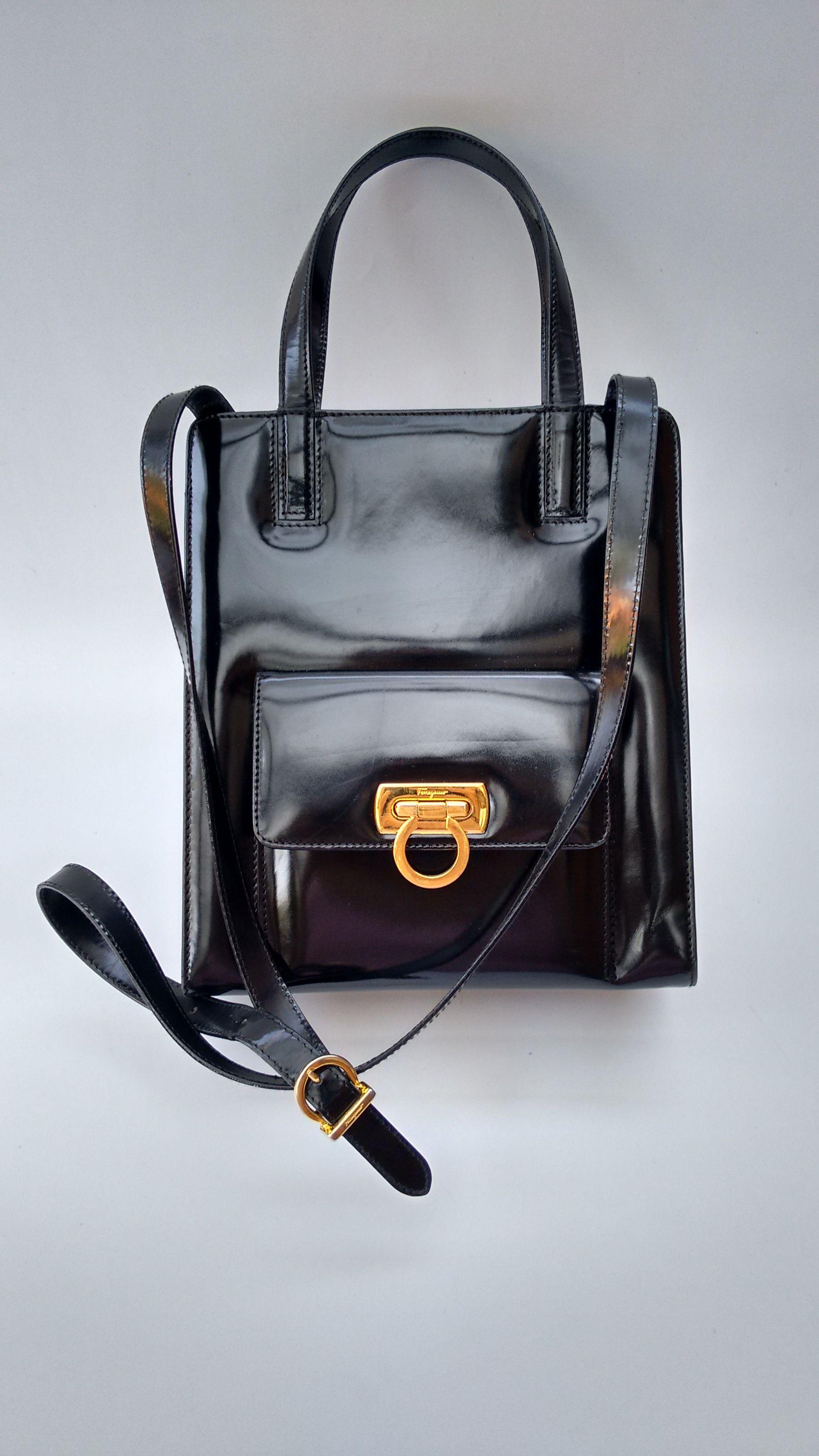 FERRAGAMO Bag. Salvatore Ferragamo Vintage Gancini Black Leather Shoulder  Bag. Italian designer purse. 76e90345b1