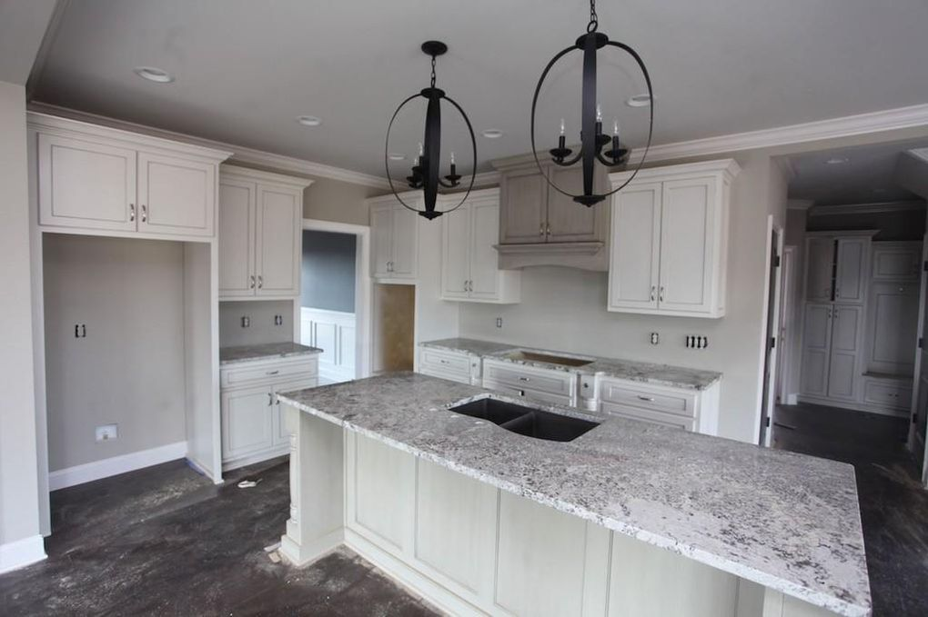 Check Out The Home I Found In Bowling Green Home Building A House My House