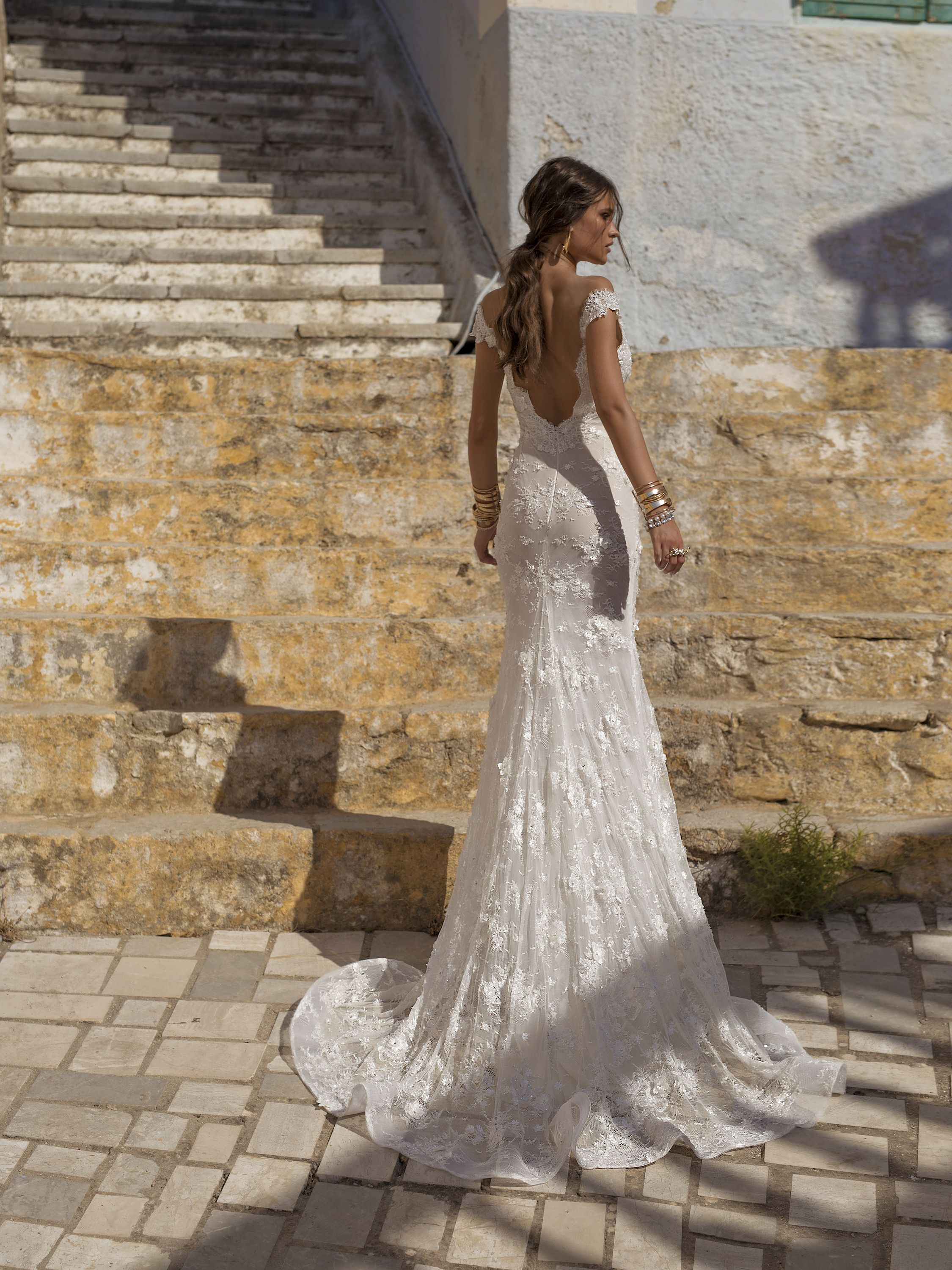066ad6c1a03 Cassandra is a gown with an extra skirt that enables the Lian Rokman bride  a wedding
