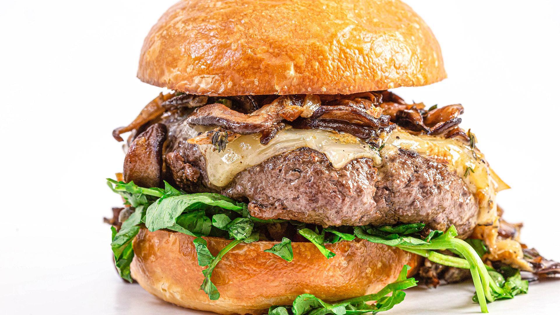 Rach S Ultimate Mushroom Swiss Burger On Brioche Recipe In 2020 Mushroom Swiss Burger Stuffed Mushrooms Burger
