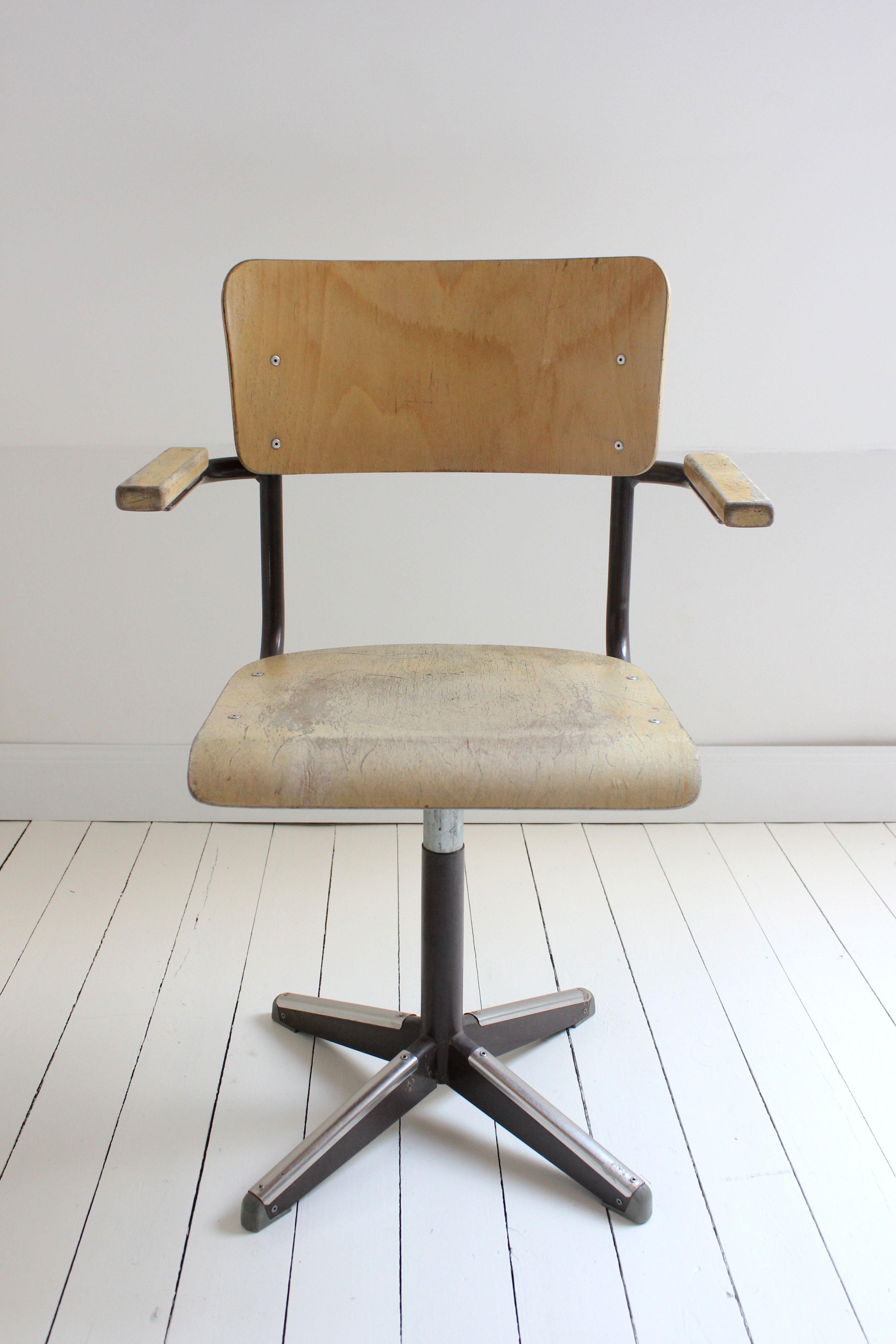 Te Koop Bureaustoel.Vintage Tubax Bureaustoel Te Koop Bij Kif Kef Kif Kef Webshop Www
