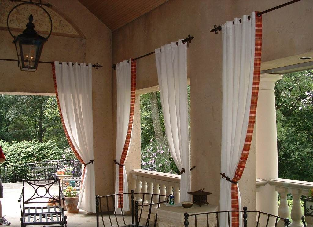 window treatment ideas | Window Treatments for Bay Windows in Living Room | Favoritizm.com