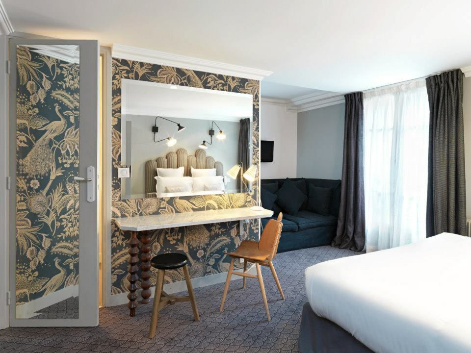 Paris france 3 star boutique budget option hotel in for Hotel design paris 8