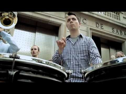 Som Sabadell flashmob - YouTube