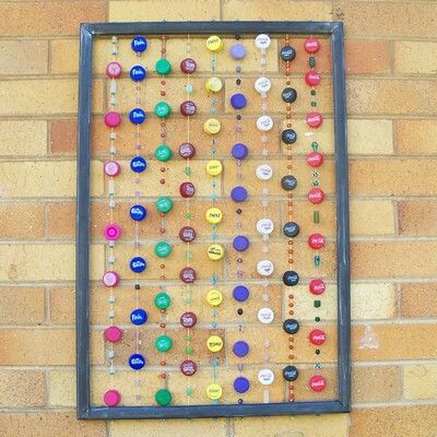 Beadand bottle top curtain ~ AWESOME!!!