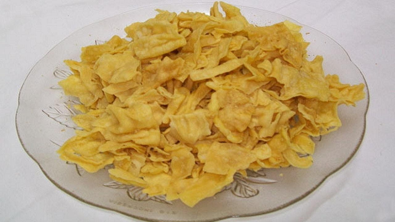 More details at httpbhavnaskitchen httpwww papdi gathiya or papri gathia recipe video indian snack recipe forumfinder Images