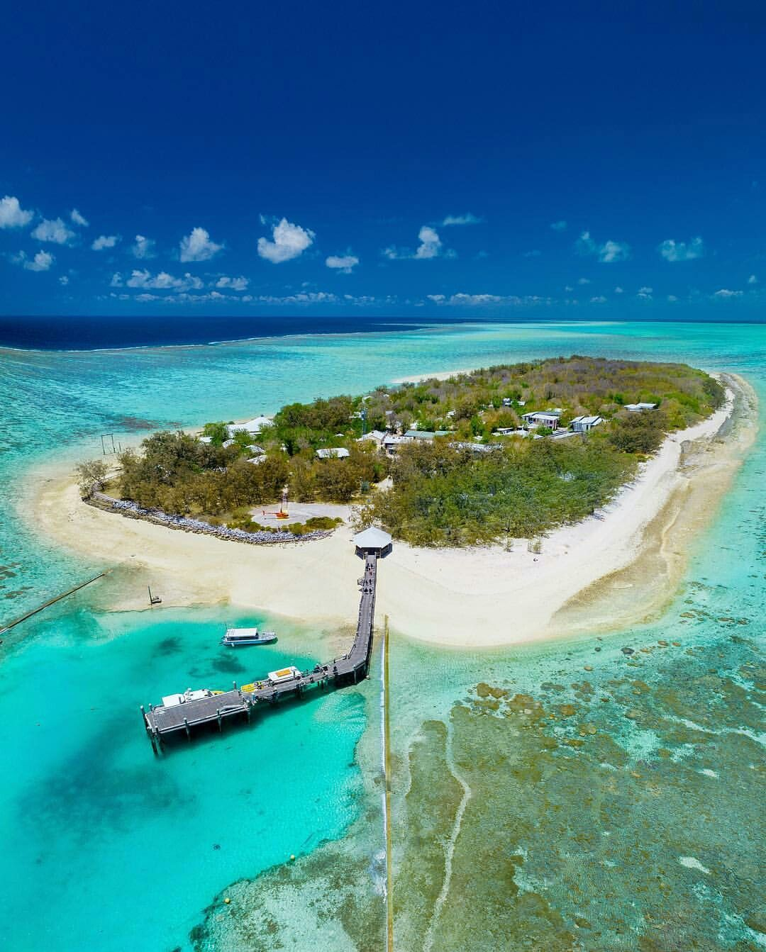 Beach Island: Heron Island, Great Barrier Reef, Australia In 2019