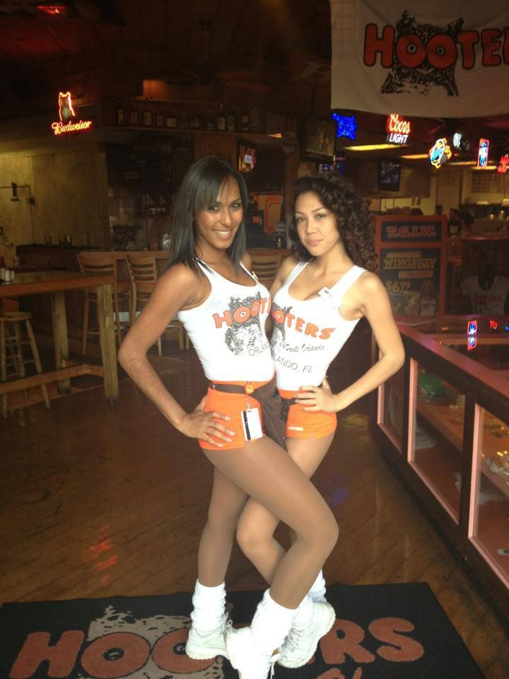 Dating a hooters girl