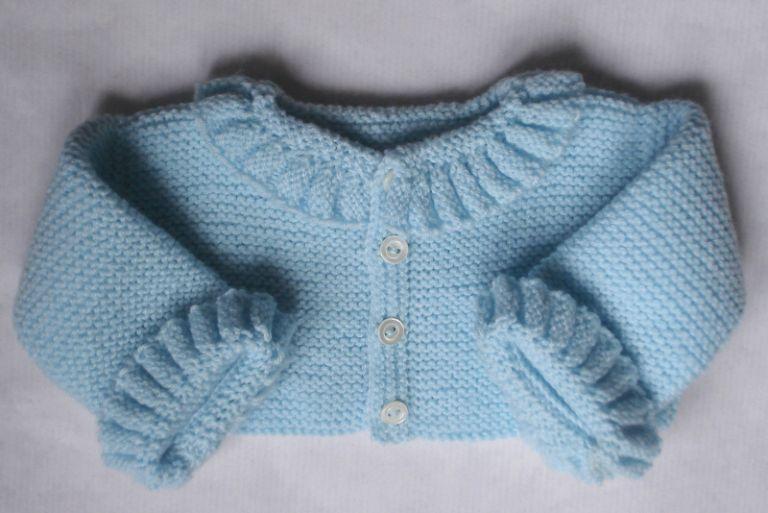 Jersey De Primera Puesta Con Ondas De Lana En Azul Bebe Hecho A Mano Roupas Moda Infantil Tricot Para Bebé