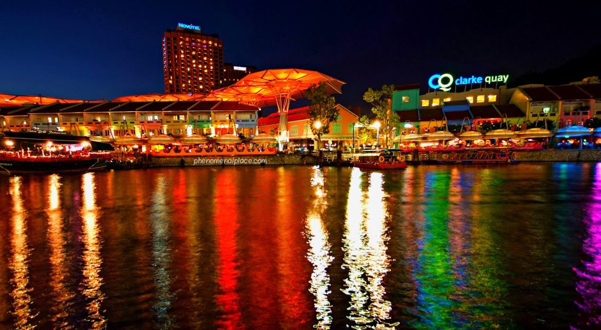 Clarke Quay As The Boat Quay Became Too Busy Many Started Mooring In Another Location Which Visit Singapore Universal Studios Singapore Floating Restaurant