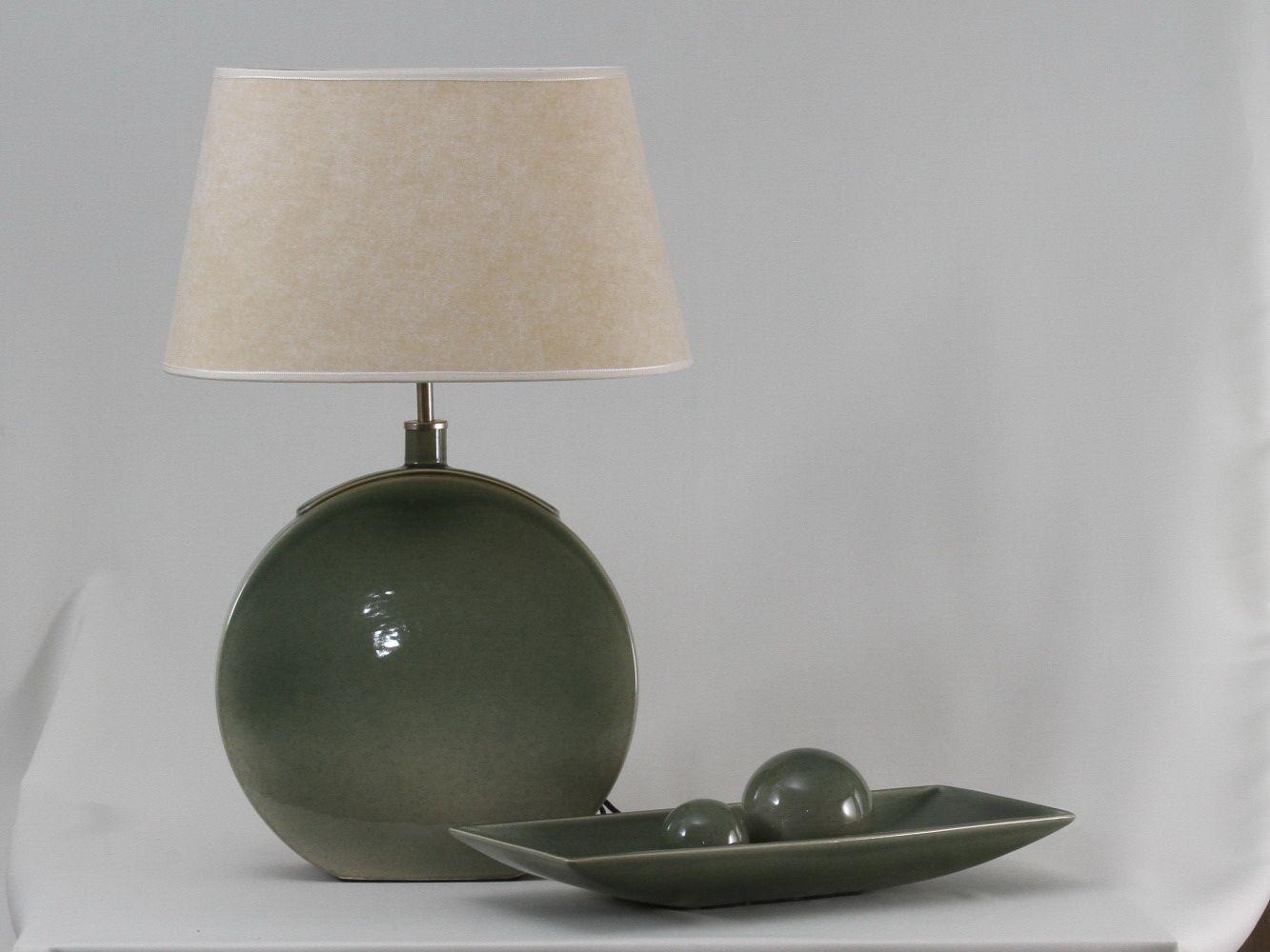 lámpara Banjo, centro de mesa junco y esferas mediana y chiva, color verde jade