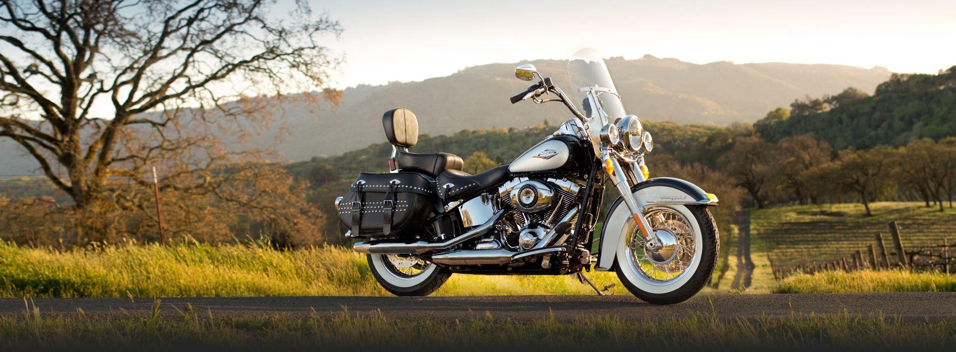 Heritage Softail FLSTC   Moto 2013   Harley-Davidson